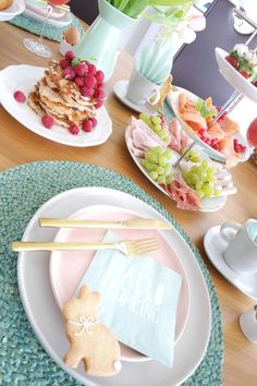 Last Minute Ideen Osterbrunch ! #Frühstück #Ostern #Brunch #Pancakes #Etagere #Osterbrunch