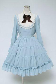 Lolita Fashion // Innocent World Tiered Longsleeve alice Dress // classic sweet OP lace ribbon ruffles bows cameo bib