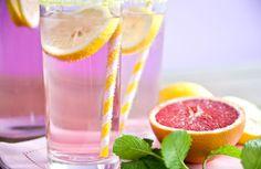 Découvrez notre recette de limonade à réaliser très simplement à la maison.