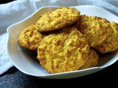 Gluten free parsnip bread rollsYhden käden sämpylät 4 kananmunaa 200 g palsternakkaa 1 porkkana 1,5 dl mantelijauhoa 2 rkl psylliumia 1 tl leivinjauhetta suola, kurkumaa 200C 20min