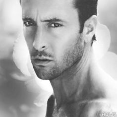 Alex O'Loughlin Moonlights on 'Three Rivers' – Nov 2009