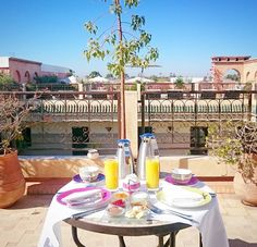 Frühstück im Paradies mit @adislittlecity   #littlecityinmarokko #flyedelweiss #villadesoranges #breakfastheaven