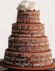 cobertura do bolo de casamento por que não de chocolate !