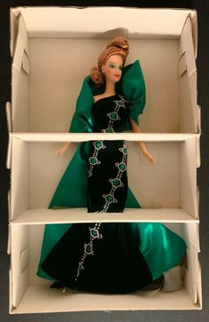 "1996 BOB MACKIE ""EMERALD EMBERS JEWEL ESSENCE"" BARBIE 15521 #Mattel #DollswithClothingAccessories Gold Bikini, Barbie Dolls For Sale, Bob Mackie, Beautiful Dolls, Jewel, Emerald, Fashion, Cute Dolls, Moda"