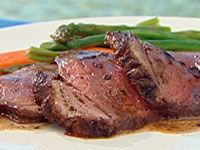 Sizzling tips for searing meat! How to get a perfect sear on pork or red meat How to get a perfect sear on a chicken breast Easy tricks you can do! Searing Meat, Atkins Induction, Paleo Meal Plan, Paleo Diet, Meal Planning App, Australian Food, Dessert, Roast Beef, Meals For The Week