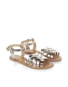 Our Isabella sandals are sure to be the staples of your sunshine style. In a silver metallic finish with woven detailing across the toe, this shimmering pair...