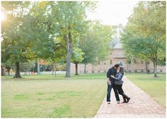 Photos by Sarah Beth, Williamsburg Engagement, William and Mary Engagement, Fall Engagement