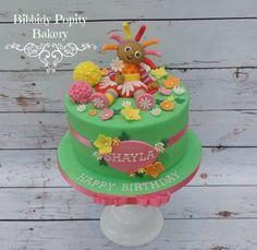 Upsy Daisy Cake In The Night Garden Cake www.facebook.com/BibbidyPOPity Second Birthday Cakes, 1st Birthday Cake For Girls, 3rd Birthday Cakes, Celebration Cakes, Birthday Celebration, Cbeebies Cake, Daisy Cakes, Baby Girl Cakes, Garden Cakes