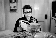 Ain't this a cool pic of James Dean? Tag your fellow James Dean fans and bring them Fairmount for a fan weekend as awesome as the original Hollywood rebel himself! Marlon Brando, Dennis Stock, People Reading, James Dean Photos, Ian Curtis, Most Stylish Men, Photo Print, Jimmy Dean, East Of Eden