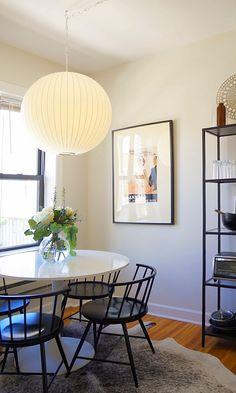 "A Luxurious ""Modern Not Stuffy"" Chicago Apartment"