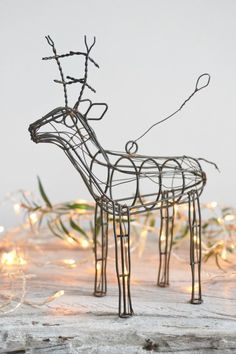Rusty Reindeer Decor