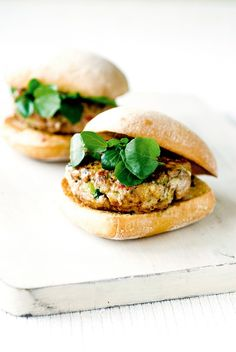 thai-style chicken burgers with sweet chili dressing