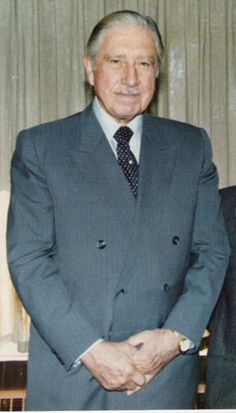 Augusto Pinochet responsible for the killing of at least people and torturing about of his own people in Chile. Died of a heart attack conveniently the day that he was read his last rights on Military Coup, Heavy Heart, Auguste, Ramones, World Leaders, Human Rights, Salvador, At Least, Suit Jacket