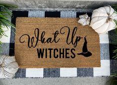 Halloween 2020, Fall Halloween, Happy Halloween, Halloween Prop, Halloween Witches, Halloween History, Halloween Inspo, Halloween House, Halloween Crafts