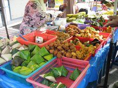 Malaysia: Nasi lemak, cokodok, apom, pulut panggang, cucur udang, and more