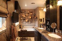 Badezimmer kerzen wand eisen marmor platte rustikal