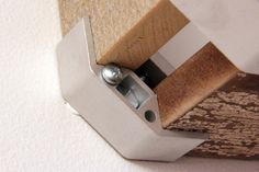 PLY90 wall mounting- use #8 or #10 screw and drywall anchors 2-2.5 inches in length