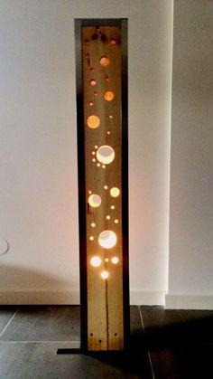 Lámpara de Pie de acero y pino 1.75mt