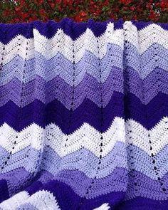 Watch The Purple Mountains Majesty Rippl - Diy Crafts Chevron Crochet Blanket Pattern, Crochet Ripple Afghan, Crochet Flower Patterns, Afghan Crochet Patterns, Crochet Afghans, Baby Afghans, Crochet Blankets, Easy Crochet, Crochet Flowers
