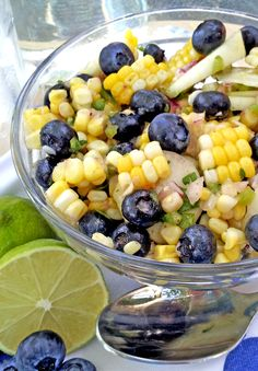 Summer Corn And Blueberry Salad.with cucumbers, jalapenos & cilantro with a honey-lime dressing. Corn and…blueberries? Yep, totally weird – but quite possibly the most unique, amazing, refreshing summer salad…ever Blueberry Salad, Blueberry Recipes, Salad Bar, Soup And Salad, Honey Lime Dressing, Cooking Recipes, Healthy Recipes, Cooking Tips, Healthy Food