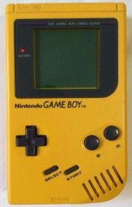 #GameBoy a colori (1998). Rivoluzionario videogame con lo schermo a colori. Mai piú giochi monocromatici!