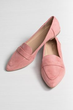Silver Icing, Stylist Pick, Pointed Flats, Online Collections, Fashion Company, Girl Boss, Fashion Online, Toms, Stylists