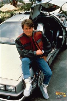 Cool Collection of BACK TO THE FUTURE Behind the Scenes Set Photos! - News - GeekTyrant