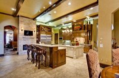 Million dollar kitchens demarcus ware lists dallas for Million dollar kitchen designs
