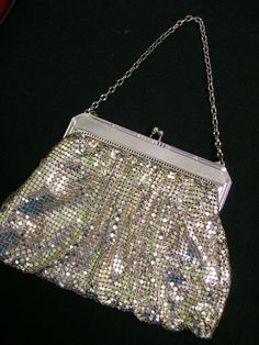 ~silver metal mesh purse from Whiting and Davis, 1920s~