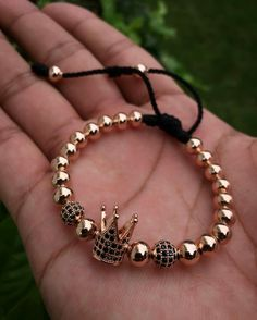 15 Styles of Matching Couple Bracelets That Charming Your Hands Cute Jewelry, Jewelry Crafts, Jewelry Art, Beaded Jewelry, Jewelry Design, Cute Bracelets, Handmade Bracelets, Bracelets For Men, Jewelry Bracelets