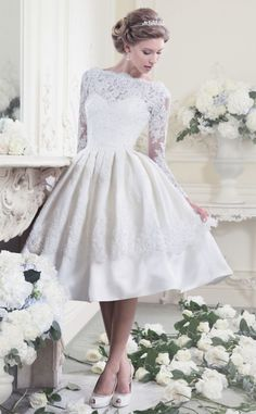 25 Utterly Gorgeous Tea Length Wedding Dresses