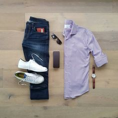 "2,396 Likes, 34 Comments - Bret #Wellstyledman (@silverfox_collective) on Instagram: ""Hello weekend, I see you.  #WellStyledMan…"" Outfit Grid, Tomboy Fashion, Style Fashion, Fashion Tips, Mens Fashion, Fashion Outfits, Casual Outfits, Hello Weekend, Men Dress"