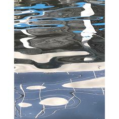 Aquagrafie: Ernst Reuter tanzt. #nofilter #treptower #aquagrafie #ernstreuter #ship #reflection #reflectiongram #reflection_shotz #waterreflection #schiffe #likeapainting #formen #drops #paint #paintparty