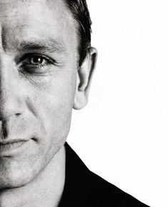 Ah, the eyes.   And the nose.  The jaw.   The face.  All Bond men are gawjus