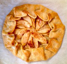 How to stand out at Thanksgiving dinner! Apple Crostata recipe.