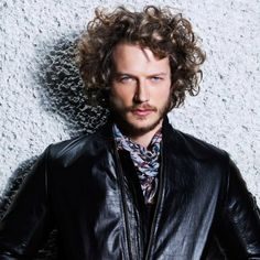 The 24 Sexiest Mens Curly Hairstyles Ever