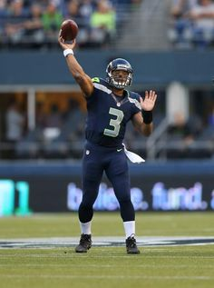 Seahawks vs. Raiders, Thurs Aug 30, 2012.  We Won 22 - 3.  Russell Wilson #3 starting QB