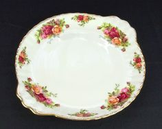 Royal Albert Old Country Roses Bread \u0026 Butter / Cake Plate 1962-73 & Royal Albert Old Country Roses Handled Cake Plate VGC   Pratos ...