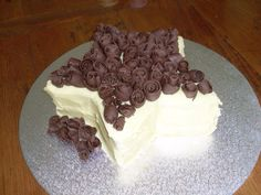 White Chocolate Star Cake with Chocolate Rosettes