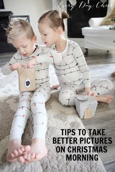 Tips to take better pictures on Christmas morning. This is fantastic!