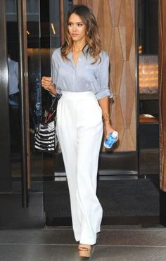 white palazzo pants- What to wear with palazzo pants http://www.justtrendygirls.com/what-to-wear-with-palazzo-pants/