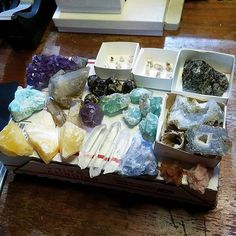 Here's a sample of a small flat rate sized parcel I just put together for a customer! Message me to build your own based on a budget! Rock on! :) #crystals #crystalhealing #gems #gemsandminerals #energy #quartz #amethyst #rocksforsale #rareearth #naturalbeauty #sixseven #sixsevenartwork Natural Beauty from BEAUT.E