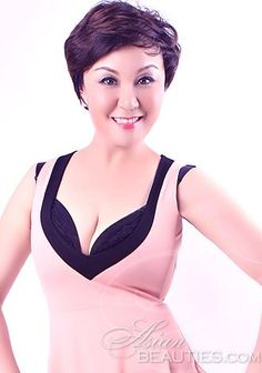 Enjoy browsing our photo gallery! Take a look at Asian woman Linze