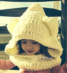 Crochet bear cowl, hooded scarf, bear scarf, bear cowl, hooded cowl with ears, soft and chunky, cream, off white, for baby, child, toddler. by LandOfKnots on Etsy