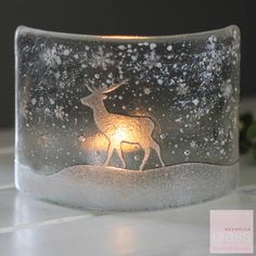 Red-bnrick-glass-stag-tealight-cuve