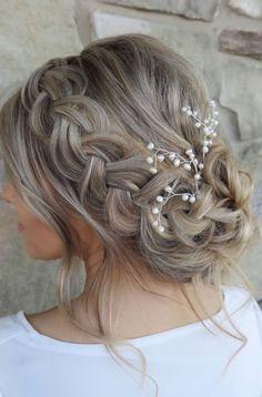 Claramente, el peinado de mi boda •