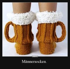 Besten Bilder, Videos und Sprüche und es kommen täglich neue lustige Facebook Bilder auf DEBESTE.DE. Hier werden täglich Witze und Sprüche gepostet! Easy Yarn Crafts, Cute Lamb, Custom Socks, Crochet Humor, Facebook Humor, Beer Festival, Funny Socks, Newborn Crochet, Cool Socks
