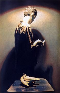 INVOCATION 1985  Técnica - Fotograbado Plancha - 3 planchas de acero 58 x 37,5 cm.  Papel - Somerset 300grs. 72 x 51,5 cm.  Edicion - 48 ejemplares justificados y firmados  Editado por - Glasgow Print Studio, Glasgow. — en Glasgow - 1985.
