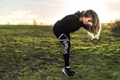 It's a lovely evening in London this Bank Holiday Sunday. Question is what has everyone planned for tomorrow's day off? regina hunt wearing the Luxe Pullover and Black Logo Leggings. Shape Your Future with GYMVERSUS.com #gymversus #shapeyourfuture #activewear #health #fitness #fit #fitnessmodel #model #girl #fitspo #workout #yoga #cardio #gym #train #pilates #photooftheday #style #selfie #fashion #active #strong #motivation #instagood #determination #lifestyle #diet #cleaneating #eatcl...