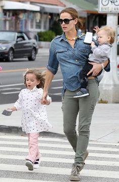 5049c89421 29 Best Celebrity Parents images